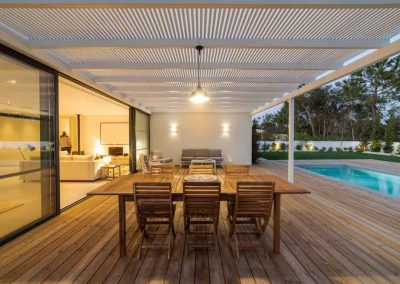 patioand decking exterior renovation in indoorpilly with Avocado Constructions
