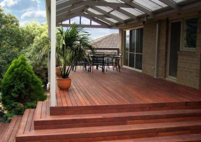deck build corinda with Avocado Constructions Brisbane