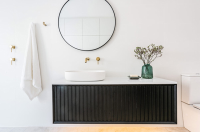 dos and don'ts of stressless bathroom renovation statement piece tips from Avocado Constructions Brisbane