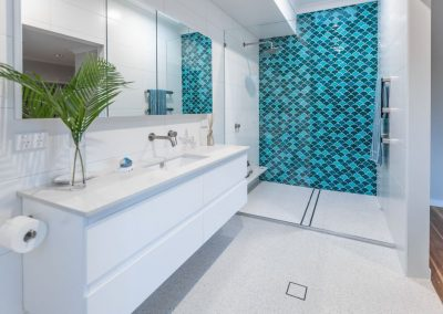 Luxury Holiday Bathroom Design