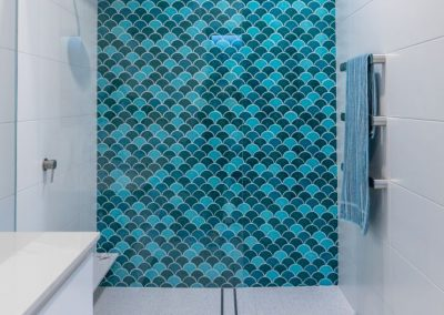 Walk In Shower Fishscale Tiles Feature Wall